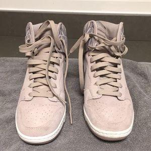 A pair Nike's